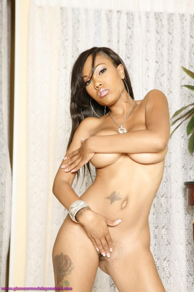 Lacey Duvalle Gets Horny